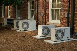 klimatyzacja przy budynku